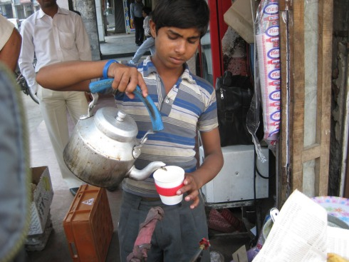 chai boy uses keep cup